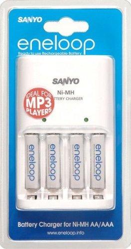 [Lokal Saturn OF] Sanyo Ladegerät MQN04 + 4x AA für 10€ & 2er-Pack Eneloop AAA für 2€