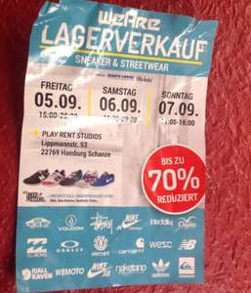 LOKAL HAMBURG Lagerverkauf Sneaker und streetwear von WE ARE