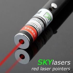 Roter Laserpointer mit einer Leistung von 5mW für nur 1,20 Euro inkl. Versandkosten!