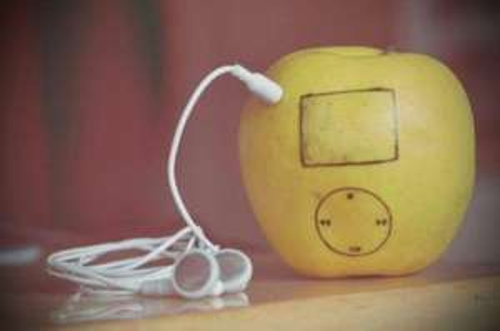[lokal: JENA-Goethegalerie] iPod Shuffle 2GB 19 Euro / iTunes 15 Euro-Karte für 10 Euro / 100 Euro auf jeden Apple Computer - Neueröffnung Apple-Store asti