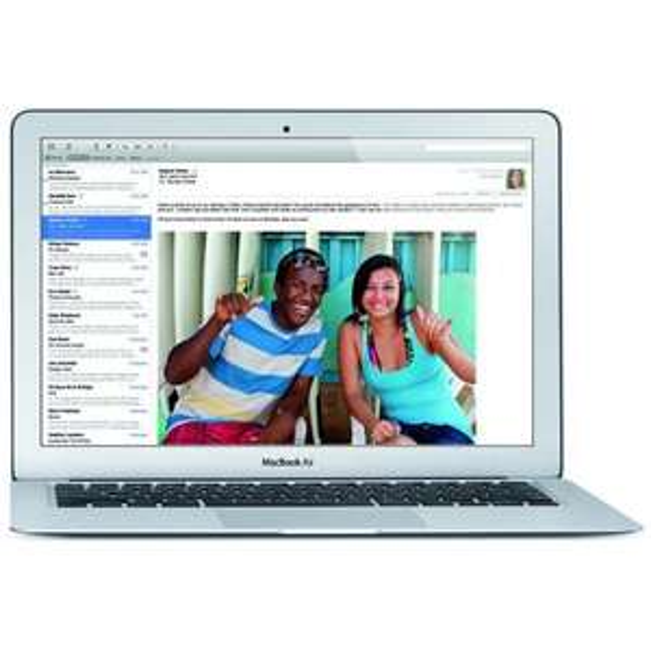 Macbook Air 13,3 2014 Modell für 829€ @ NBB