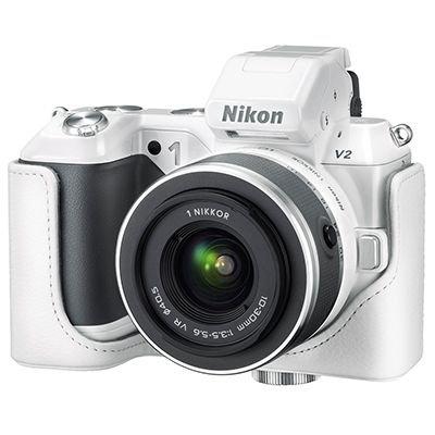 NIKON 1 V2 Kit 14MP Systemkamera inkl.10-30mm Objektiv bis zu 60 Bilder/Sek. Tasche, 16GB Karte