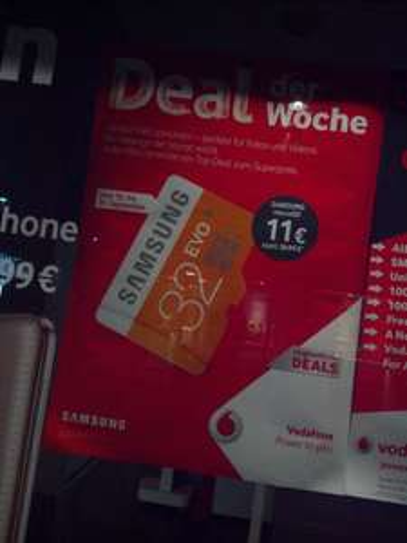 (lokal?) Samsung Sdhc 32GB Evo für 11€ bei Vodafone in KL