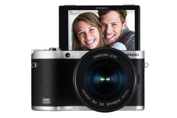 Samsung NX300M Kit Systemkamera 18-55 [ab 18.00 bei Amazon auch mit 16-55 mm)