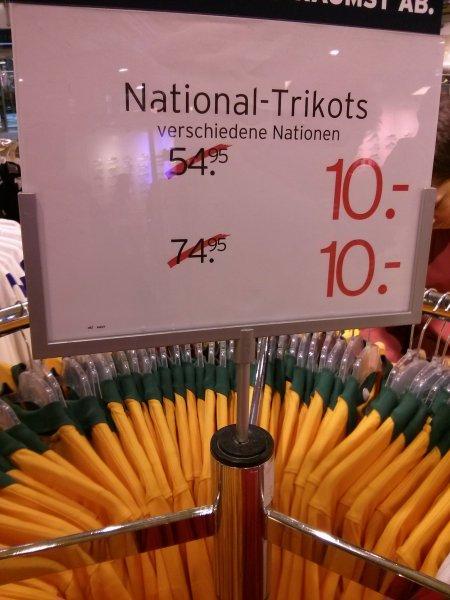 National-Trikots der WM 2014 für 10€ Karstadt Sport Dortmund