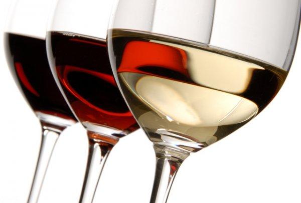 Jeden Donnerstag 0,5 Liter Wein €3,50 bei Taverne Agora in Muenchen / Sendling