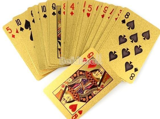 """Bling Bling Poker Set """"Goldbedamfte Karten"""" jetzt unter 4,50 Euro!"""