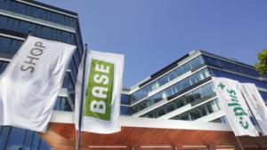 Bundesweite Festnetznummer kostenlos bei BASE & Co. oder 5€/Monat bei E-Plus-Verträgen
