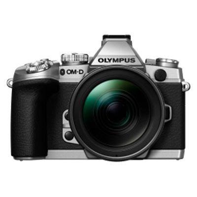 Olympus OMD EM-1 Kamera (Body und zwei Kits): gratis Handgriff, 200€ Gutschein und mind. 200€ bei Ankauf einer SLR