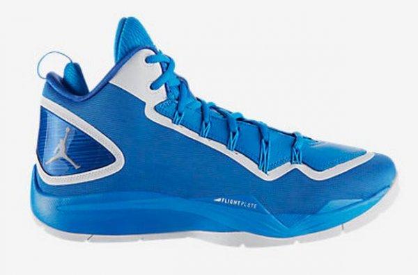 [Nike.de] Air Jordan Super.Fly 2 PO  in Blau und Rot (7% Qipu Cashback möglich)
