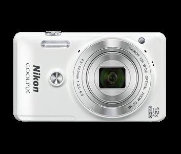 [redcoon.at] Nur für Österreich auf Vorbestellung: Nikon Coolpix 6900 Set (Kamera+Tuch+Tasche+Speicherkarte) 39,49€