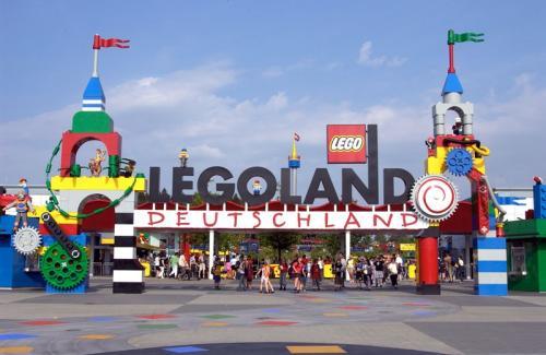 Legoland: Tageskarten (Erw.) zum halben Preis. Bei 5 Personen 90,50€ gespart