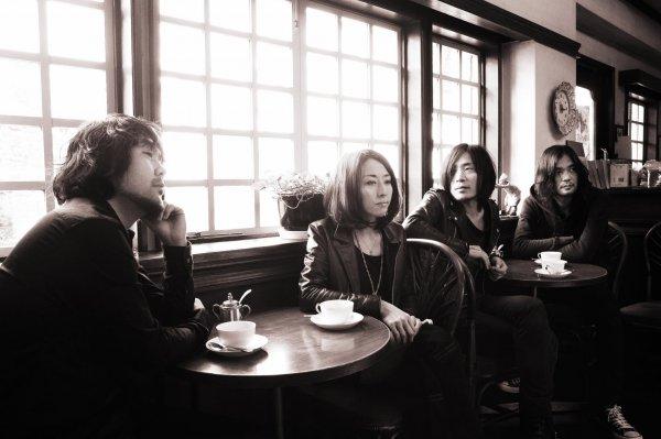 2 neue Alben der japanischen Instrumental Band MONO im Stream