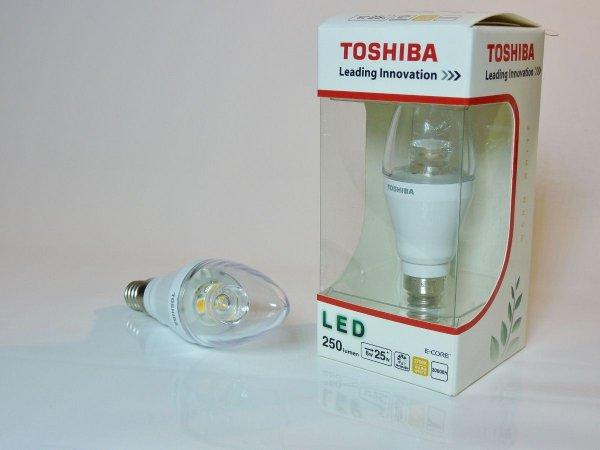 Versandfrei: E14 LED Toshiba 470lm/5,5W (85lm/W) bei Jacobs-Elektronik