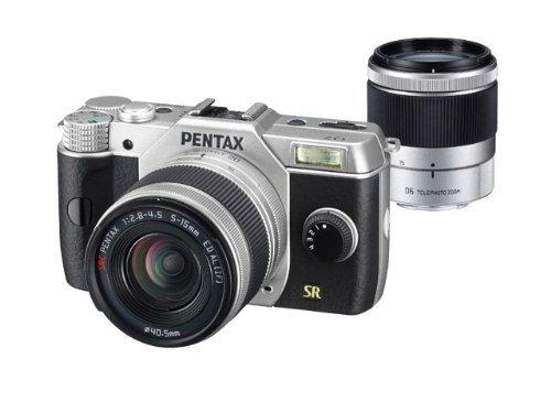 Pentax Q7 Kit 5-15 mm + 15-45 mm (silber) für 301,21 € @Amazon.fr