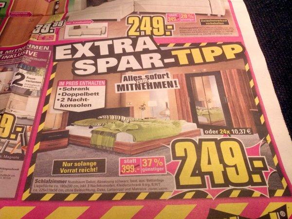 Möbel Maxx (lokal?) Komplettes Schlafzimmer (Bett, Kleiderschrank, 2 Nachtkonsolen)