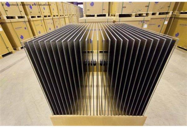 Eine Palette Solar Photovoltaik Dünnschicht Module Panels Made in Germany