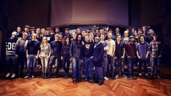 """Zu Weihnachten etwas gutes tun ! Deutsche Musikstars singen Charity-Song """"Do they know it's Christmas"""" neu ein, um Kampf gegen Ebola zu unterstützen !"""