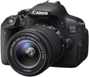 Canon EOS 700D Kit 18-55 mm [Canon IS STM] + Eye-Fi Mobi SDHC 8GB @computeruniverse