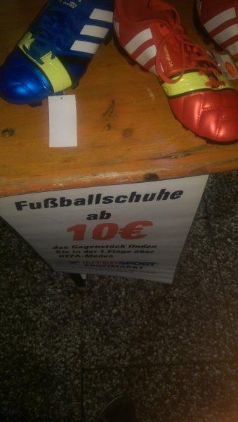 Verschiedene Hallen- und Outdoorfussballschuhe  für 10€ v.a Adidas [Intersport Mömlingen]