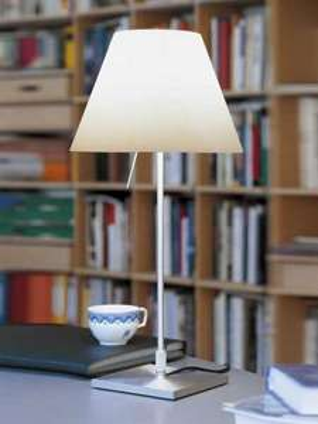Tischleuchte: Luceplan Costanzina inkl. Leuchtmittel 119€ statt 167€