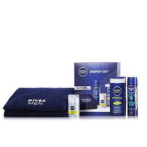 [Blitzversand bei Amazon] Nivea Men Männerpflege-Geschenkset 2014, 1er Pack (1 x 3 Stück) für 9 Eur0