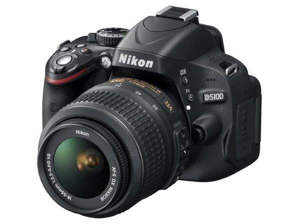 Nikon D5100 Kit Af-S Dx 18-55 Vr Digitale Spiegelreflexkamera, 16 Megapixel, (3 Zoll) schwenk- und drehbarer Monitor, Live-View, Full-HD-Video für 349€ @Saturn.de
