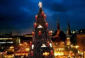 [IKEA] 5€ IKEA-Gutschein beim Kauf eines Weihnachtsbaums