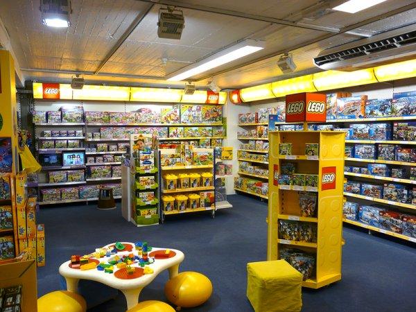 (lokal) Lego Star Wars 75053 The Ghost für 64,95€ / 75052 Mos Eisley für 49,95€ im Faix/Vedes Darmstadt