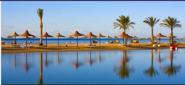 14 Tage Ägypten im sehr guten 4* Hotel mit Halbpension schon für 315€ inkl. Flügen & Transfer