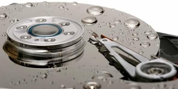 "[Lokal Metro Würselen] Toshiba 2,5"" 1TB 52,88, Seagate 2,5"" 2TB 77,34€"