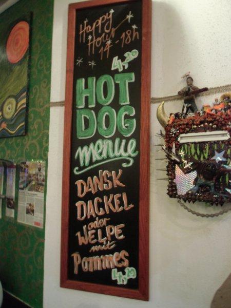 (Lokal Bremen Tom&Karo) Veganes Hot Dog Menü 4,20 Euro, Zwei Hot Dogs 5,20 Euro