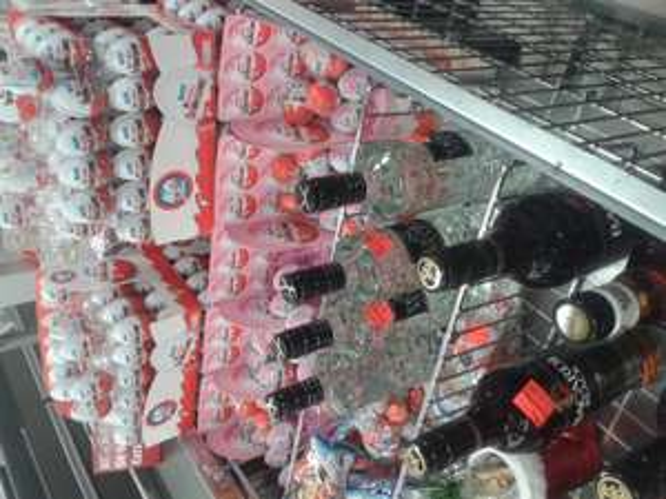 [Lokal Penny Markt Frankenthal] Bacardi Black 7.99 und Three Sixty Vodka 8.99 (je 0,7 l)