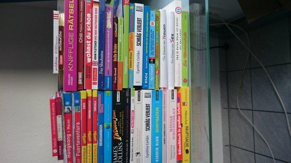 [Aachen]Tüte Bücher für 5 Euro - über 98% Rabatt möglich!