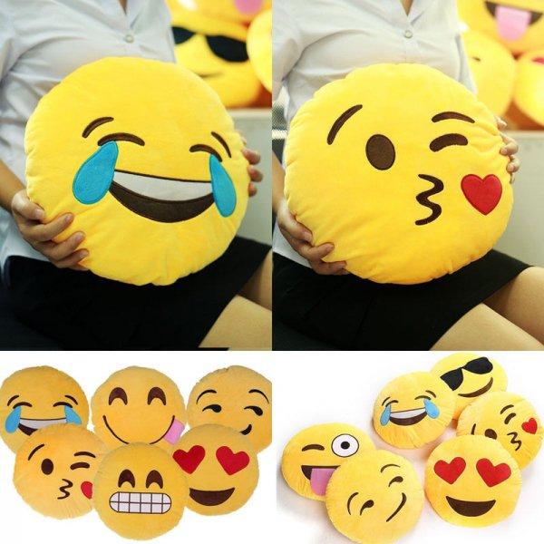 Trendige Smiley/Emoji Kissen für 6,59€ auf Ebay