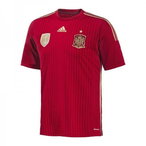 2x Spanien WM Trikot @Sport Münzinger