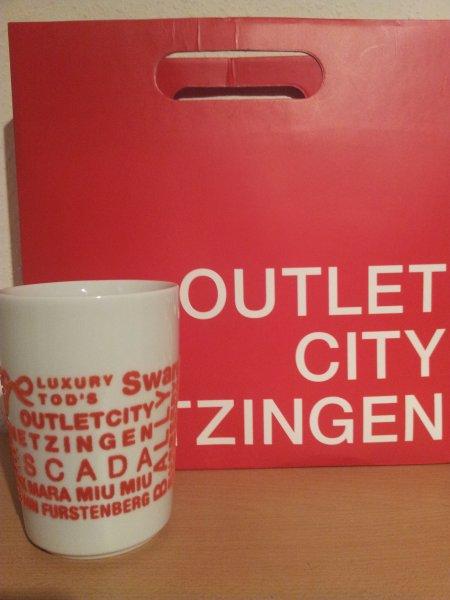 Outletcity Metzingen: Gratis Tasse / Becher von Kahla in der Touristinfo