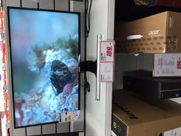 Lokal - Monitor SAMSUNG LS 27 D 590 PSX - Mediamarkt Köln Chorweiler 189 Euro.