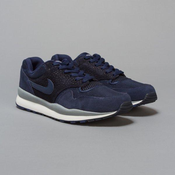 Nike Air Safari navy@ Snipes.de 70,00€