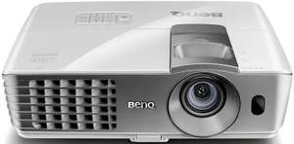 BenQ W1070 3D DLP-Projektor - Amazon Blitzdeal