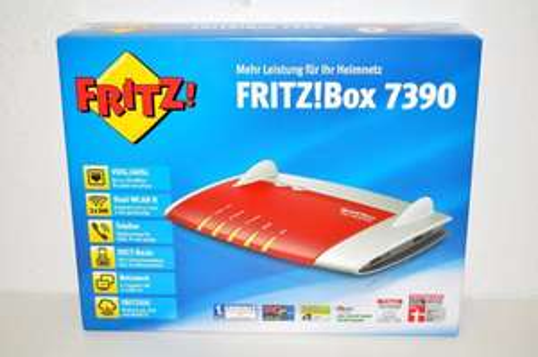 AVM Fritzbox 7390 (2000 2618) Edition o2 Neuware mit Rechnung