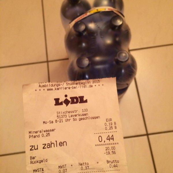 Lidl [Lokal] Wasser 6er Pack -1,06€ (Preisfehler?!)