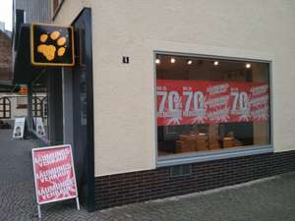 [LOKAL]  Gießen Räumungsverkauf Jack Wolfskin Store