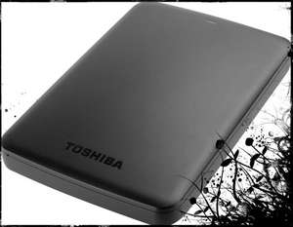 "Toshiba ext. HDD 6.35 cm (2.5 "") 1 TB Canvio Basics Matt Schwarz USB 3.0 @voelkner.de 52,02€"