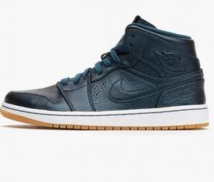 [Caliroots] Nike Air Jordan 1 Mid (space blue/gum) für € 65