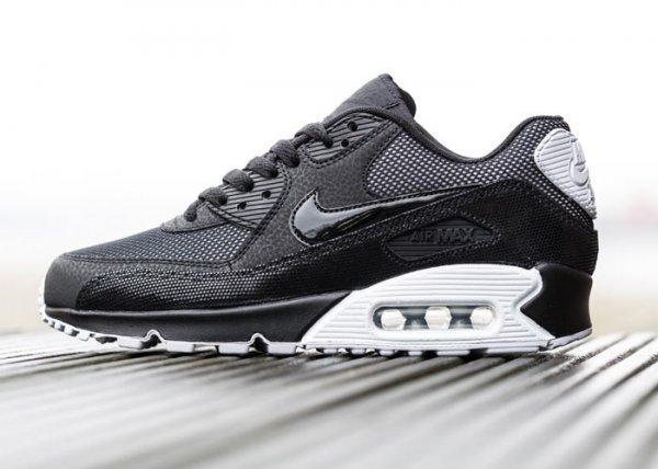 Nike Air Max 90 PRM WMNS (black, white, metallic silver) statt 140 genau 90 inkl. VSK