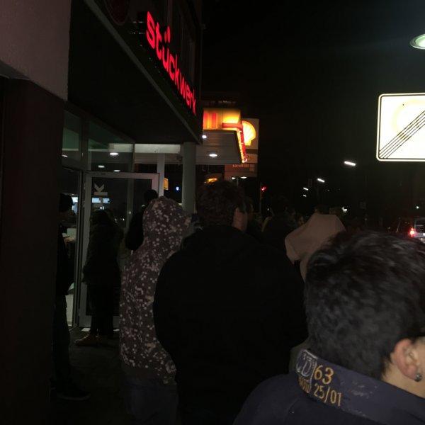 Gratis Pizza + großen Muffin @ Stückwerk Ratingen Lintorf! Neueröffnung! Bis 21 Uhr! Schnell sein!