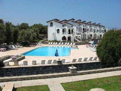 1 Woche T.R. Nordzypern im 3-Sterne Hotel inkl. Frühstück, Flügen, Zug-zum-Flug & Transfer für 181€