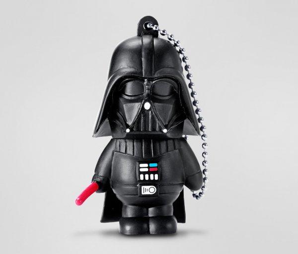 [ verfügbar ab 06.03. / 6:00 Uhr] USB-Stick »Darth Vader« mit 8GB Speicher für 9€ mit Abholung in Filiale @Tchibo