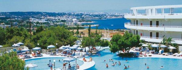 1 Woche Rhodos im Top 4* Hotel mit TUIfly, Transfer und Zug-zum-Flug für 238€ p. P.